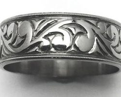 Ladies hand engraved wedding band