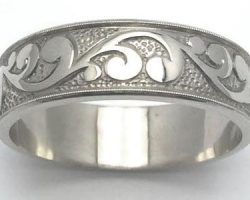 Men's hand engraved wedding band