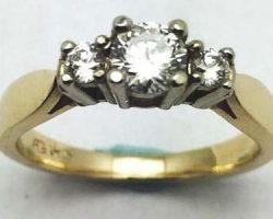 Ladies 3 diamond engagement ring